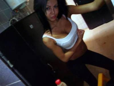 Oleta from Seattle, Washington is interested in nsa sex with a nice, young man