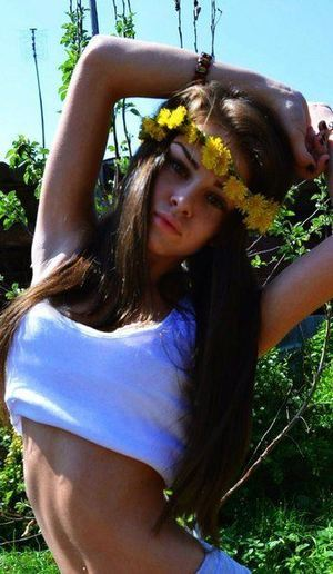 Sacha from Maryland is looking for adult webcam chat
