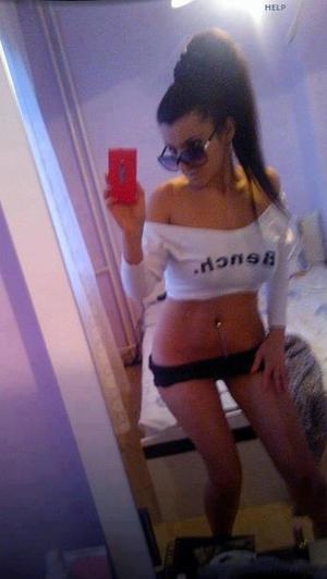 Celena from Deer Harbor, Washington is looking for adult webcam chat