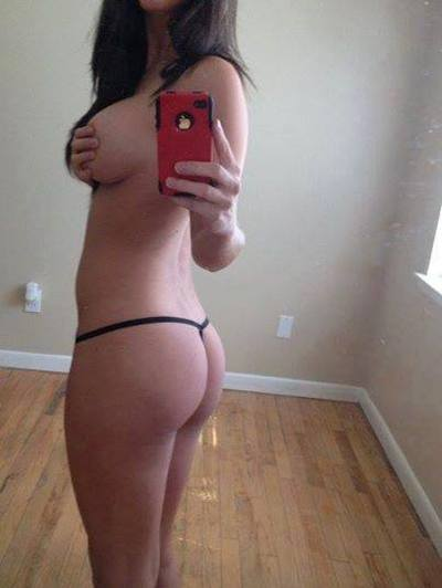 Jesenia is looking for adult webcam chat