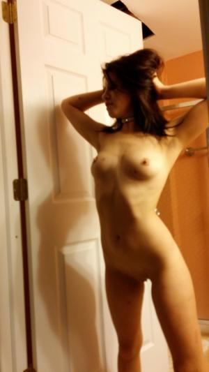 Chanda from Nunamiqua, Alaska is looking for adult webcam chat