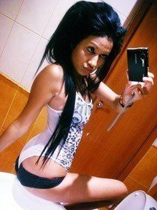 Looking for local cheaters? Take Jalisa from Amston, Connecticut home with you